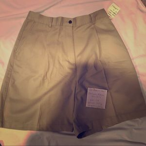 LL Bean Khaki Pleated High Waisted Shorts Sz 14
